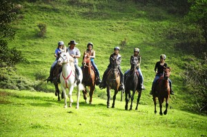 horse riding monteverde costa rica